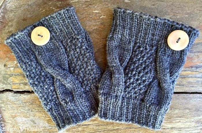 Simple Cable Knit Boot Cuffs - Simply Notable #bootcuffs