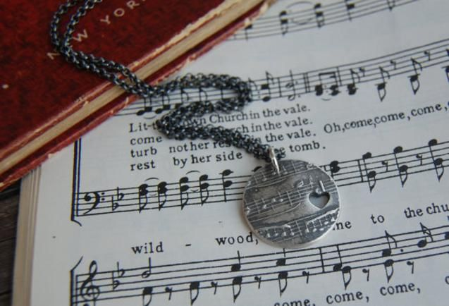 For This Necklace You Name The Song The Sample In The Photos Is