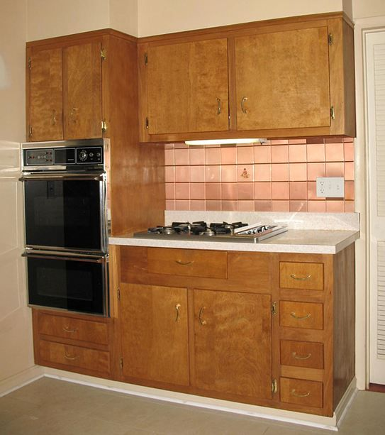Wood kitchen cabinets in the 1950s and 1960s unitized for Kitchen cabinets reno