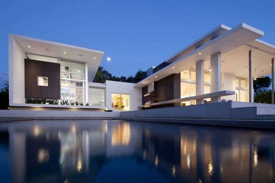 Modern Family Retreat In Florida Hosting An Artist S Studio Lakewood Residence Architecture Modern Architecture Architecture House
