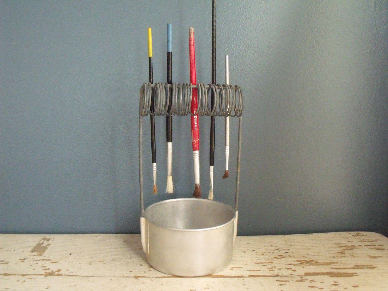 Clever paint brush holder cleaner well aluminum artist