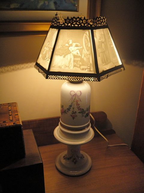 Antique German Oil Lamp With Lithophane Shade 1555 Removed Oil Lamps Lamp Fairy Lamp