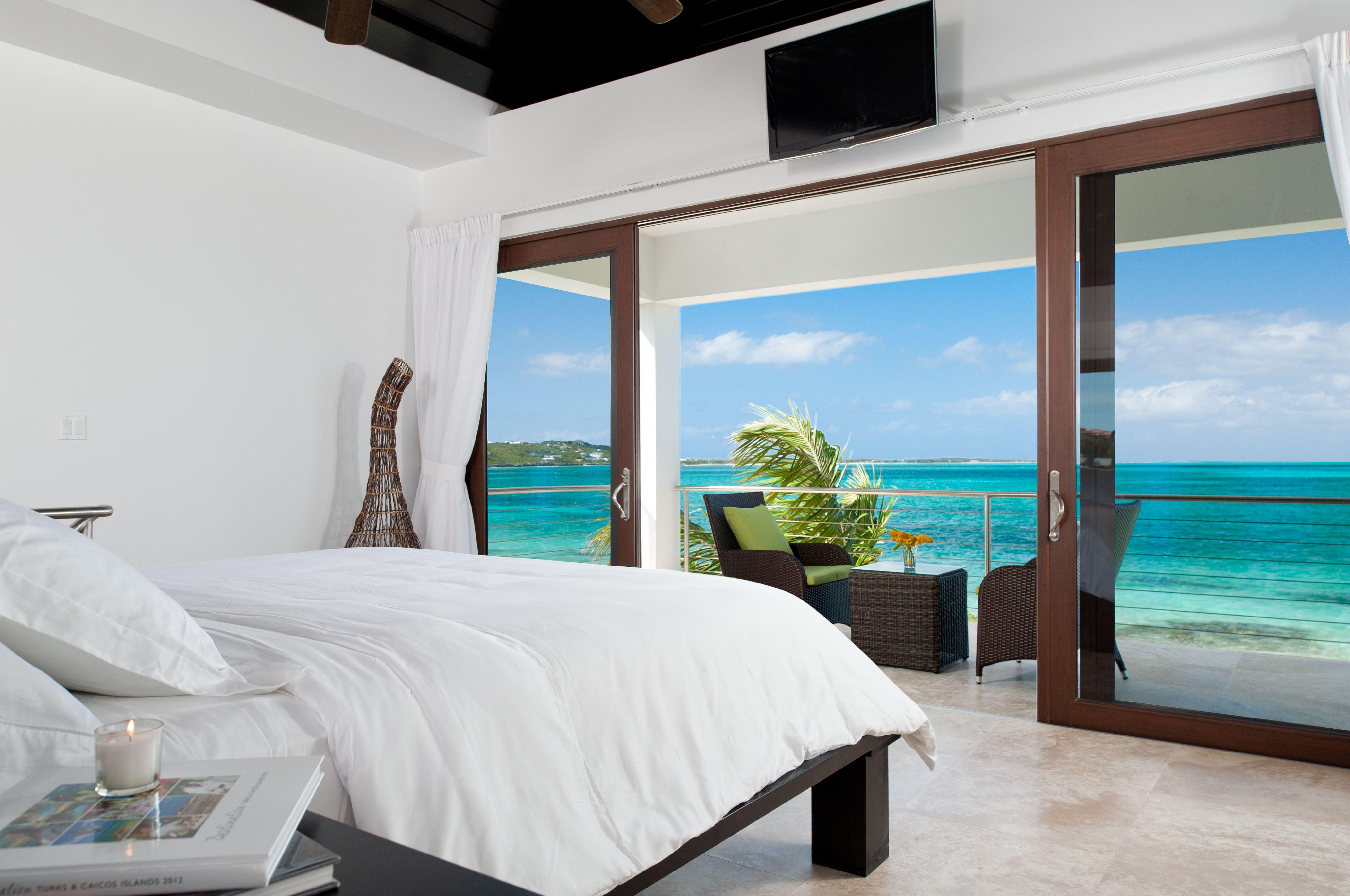 Ocean Edge 1BR Beachfront Villa on Grace Bay Beach in