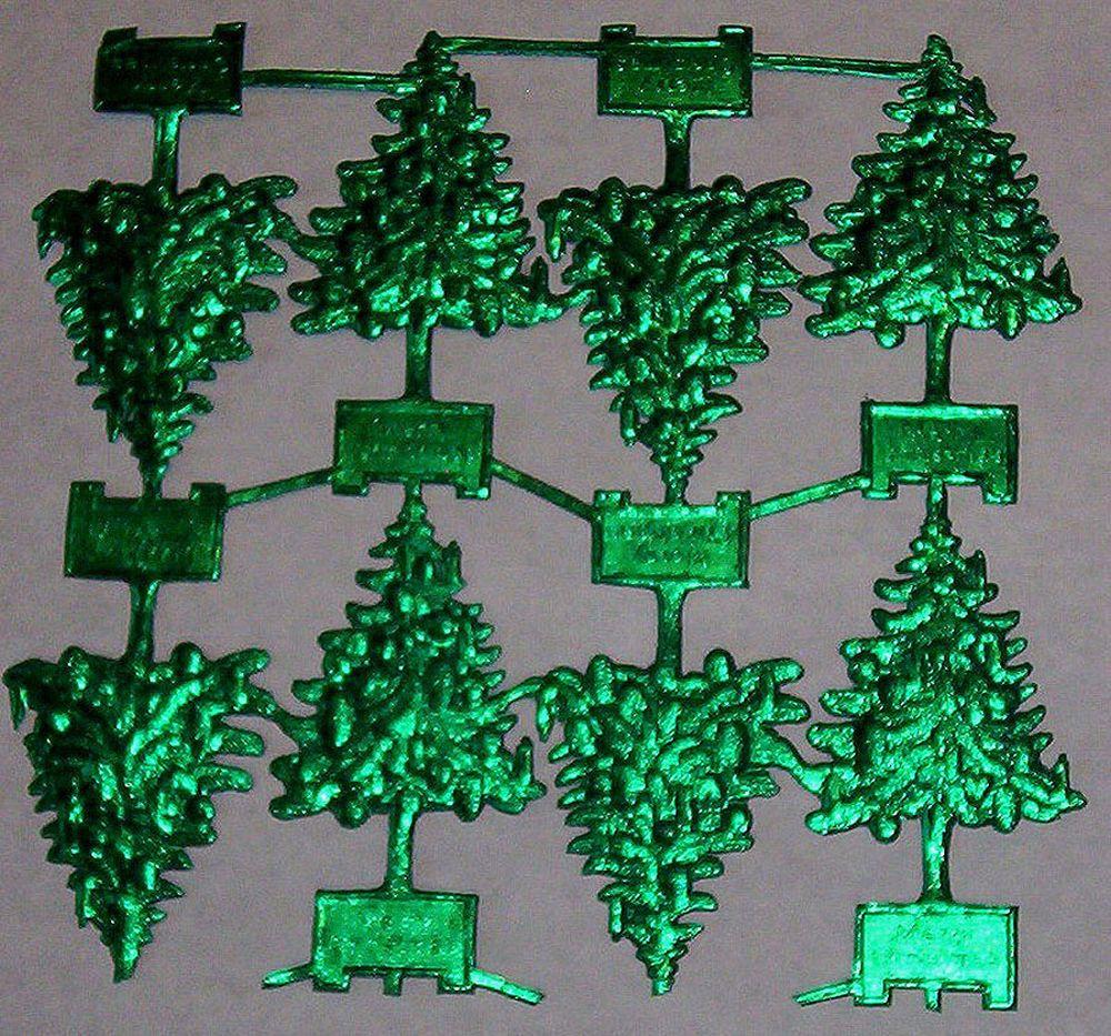 FULL SHEET GREEN FOIL EMBOSSED GERMAN DRESDEN CHRISTMAS TREE SCRAPS DIE CUTS WOW