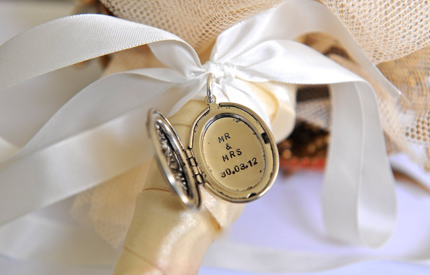 Gifts for bride from groom 15 wedding gift ideas for the