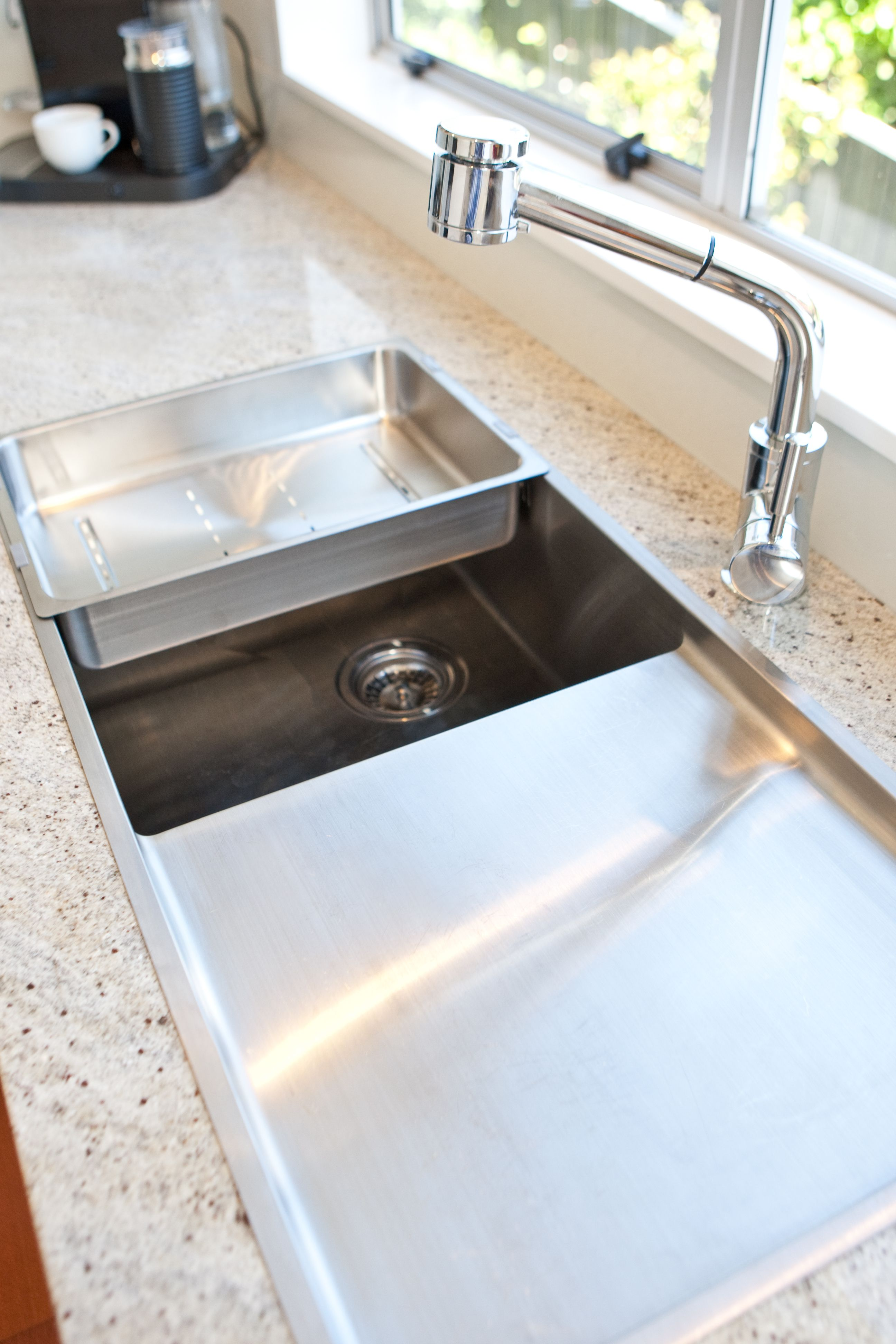 Heritage Hardware Robiq Grande Sink With Drainer Top Mounted Into Kashmir White Grani Kitchen Countertops Prices Unique Kitchen Countertops Kitchen Sink Design