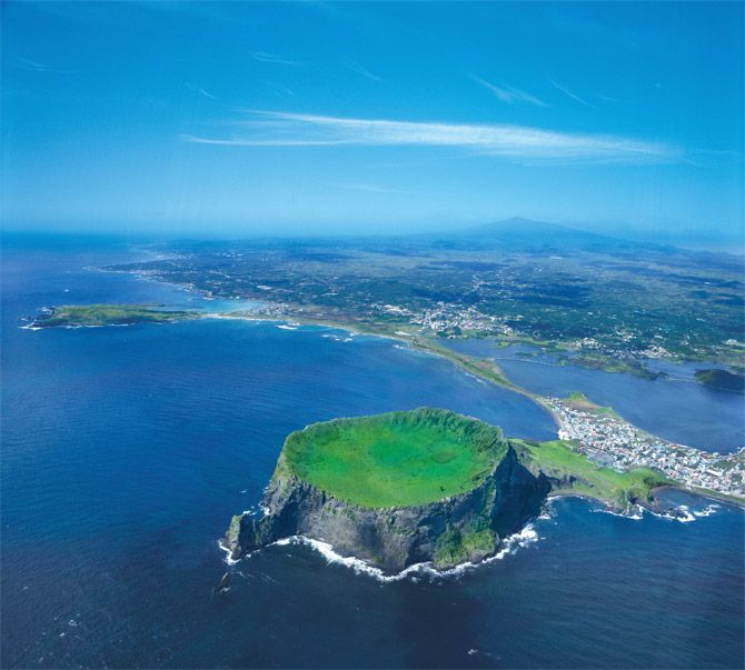 Jeju Island Beaches: Jeju Island Jejudo Is A Volcanic Island, 130 Km From The
