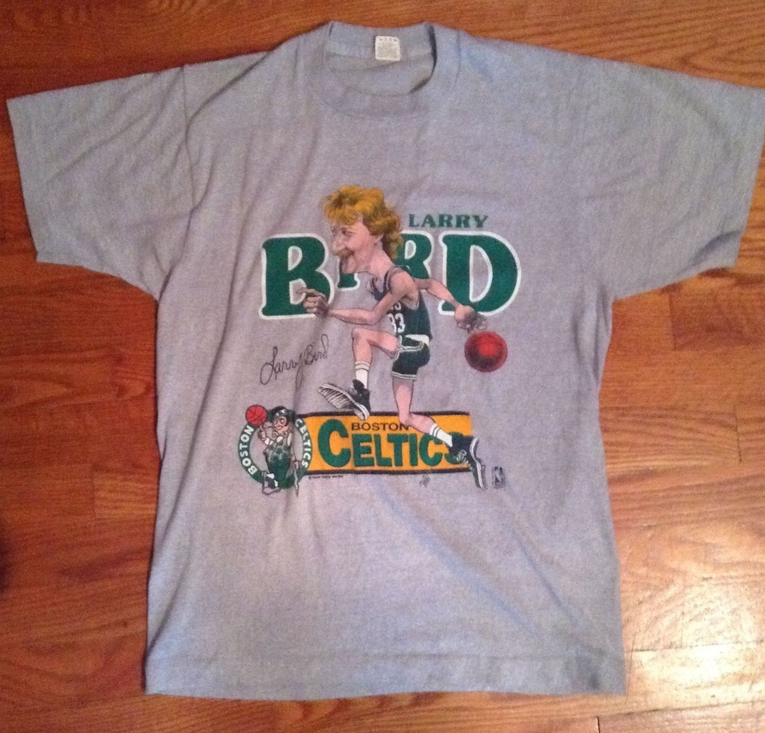 fe9a1ad6e65d LARRY BIRD Boston Celtics Cartoon T Shirt Size Large L Screen Stars NBA  Vintage | eBay