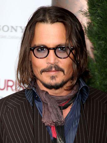 Johnny Depp in Oliver Peoples   Celebs   Eyewear   Johnny Depp ... 0e45f99b34b4
