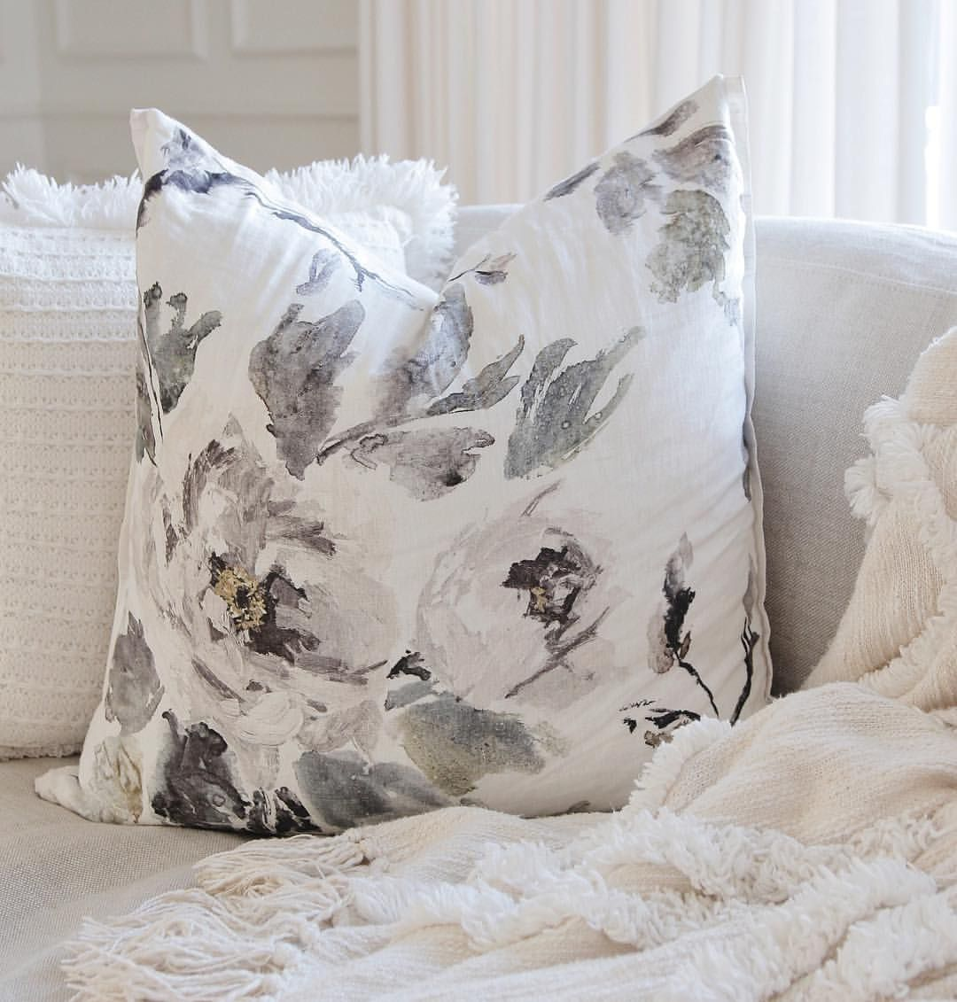 Floral throw pillow jshomedesign d r e a m h o m e in