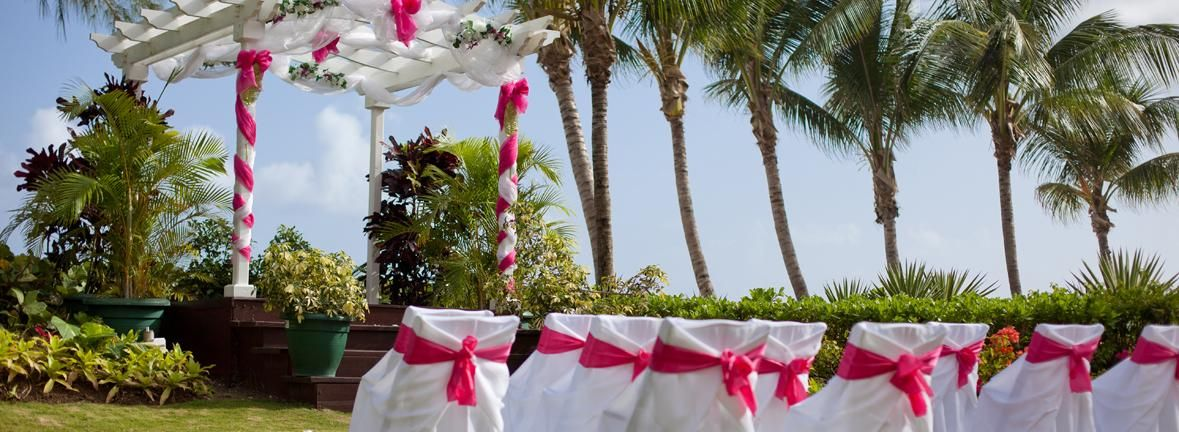 Barbados Weddings Make For A Beautiful And Tropical Destination To Celebrate Love Happiness Turtle Beach An Elegant Hotel Provides Everything From