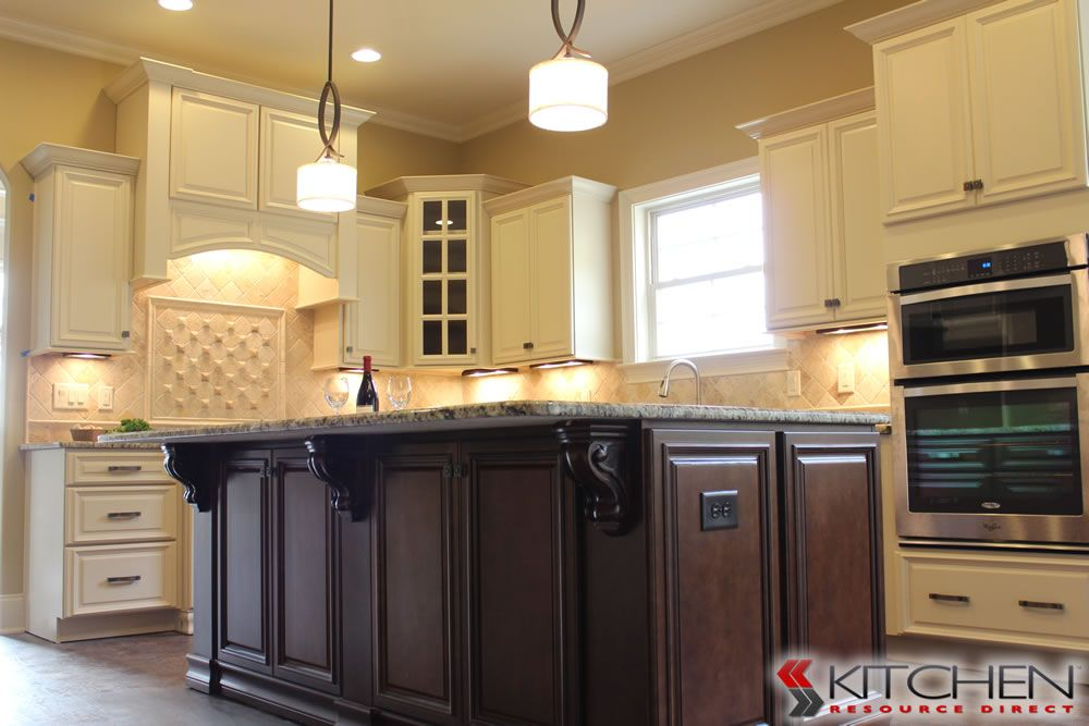 Genial Freeport Maple Vanilla Photo Gallery | Cabinets.com By Kitchen Resource  Direct
