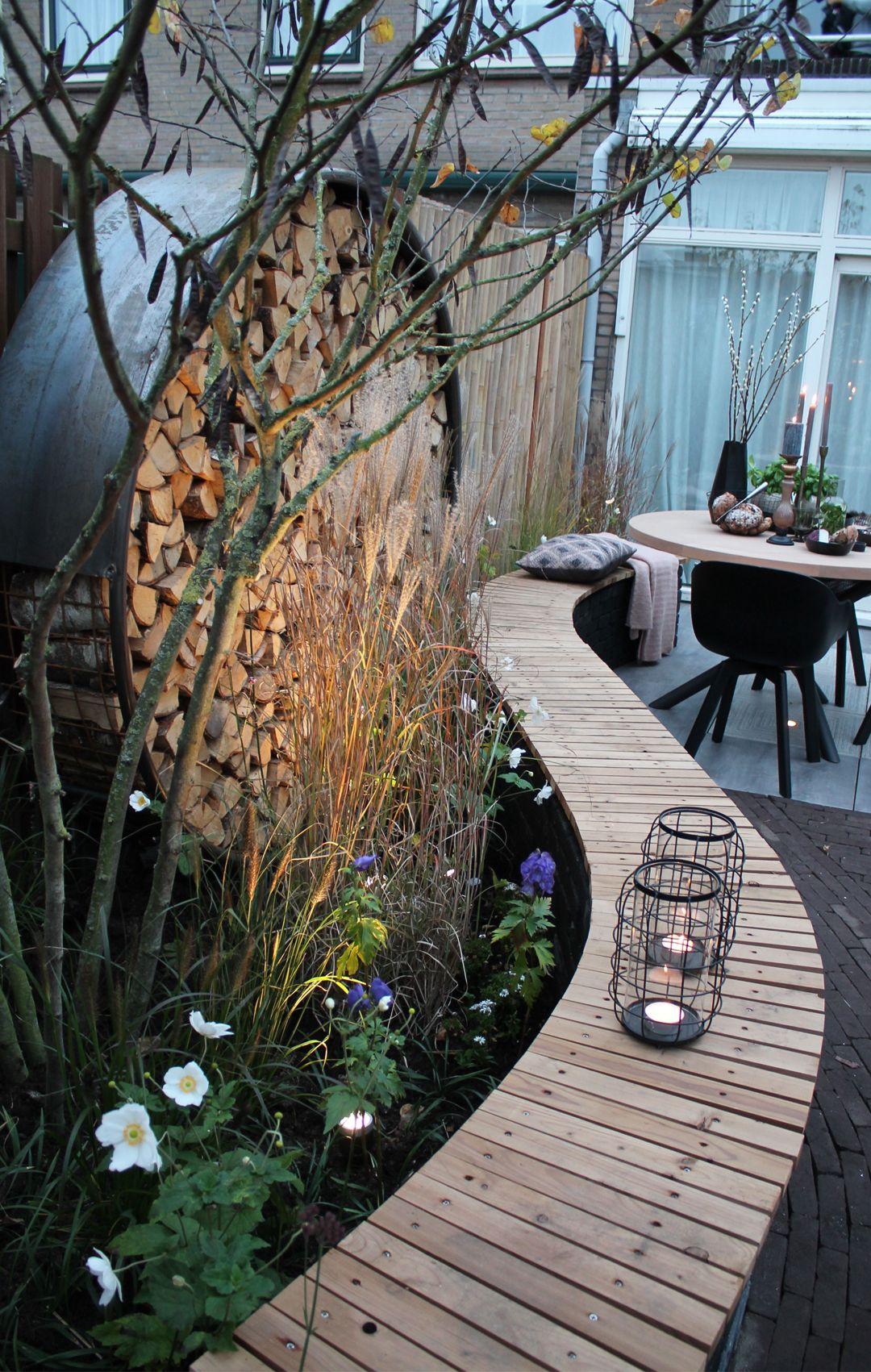 Fonkelnieuw Romantische tuin gemaakt bij Eigen Huis & Tuin. Veel sfeer, hout CZ-26