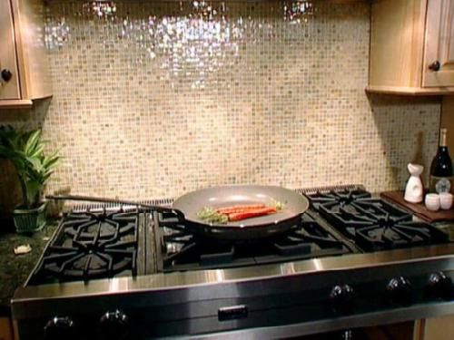 Glass Tile Kitchen Backsplash Creates Modern And Beautiful Design Of  Centerpiece And Wall Protections Very Significantly