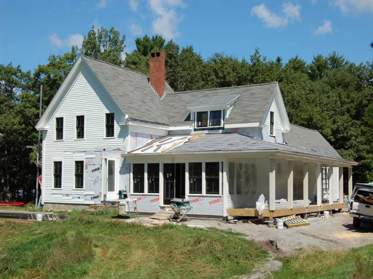 new england farmhouse Old Farmhouse Style House Plans