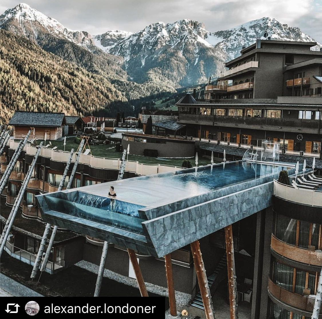 Best Hotel In Switzerland With Infinity Pool The Best Thermal Spa In Switzerland Italy And Austria Alps Behind My Scene Italy Hotels Beautiful Hotels Hotel Pool