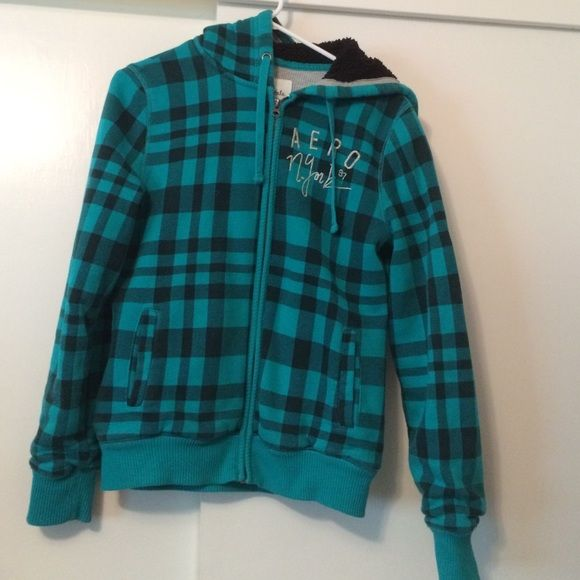 Aeropostale size large Used once in great condition no flaws Aeropostale Sweaters