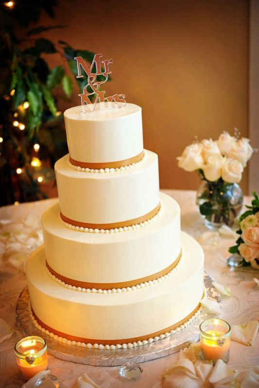 simple wedding cake designs buttercream our buttercream cake simple and classic wedding cake 20053