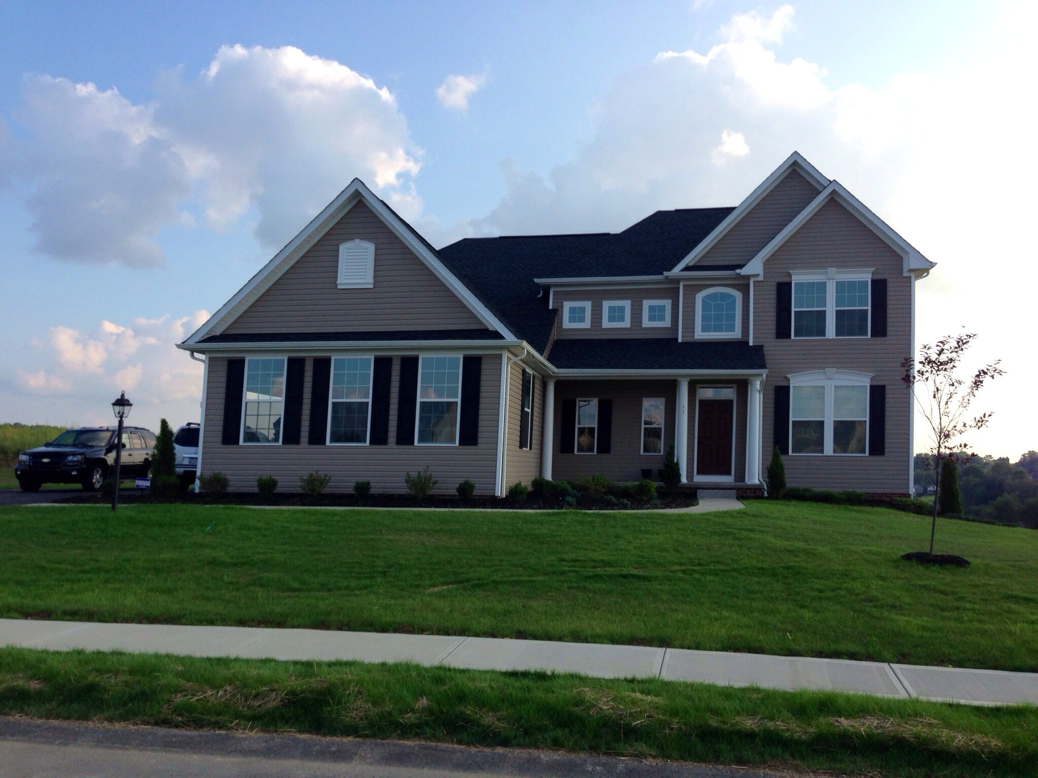 Pin By Jason Rullo On Home Ryan Homes New Homes House Styles