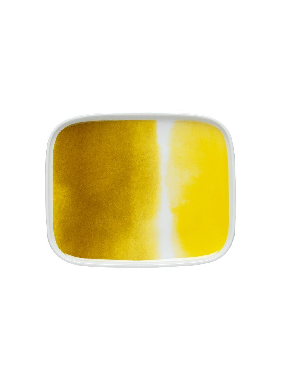 Marimekko plate, pattern design: Aino-Maija Metsola  Oiva/Sääpäiväkirja-lautanen (valkoinen,keltainen) |Sisustustuotteet, Keittiö, Posliinit, Lautaset | Marimekko