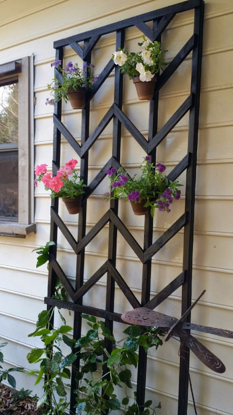 diy chevron lattice trellis tutorial flower gardens and backyard