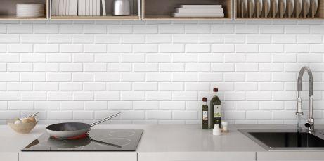 Mur briques blanches (avec images) | Crédence cuisine, Brique blanche, Cuisine brique