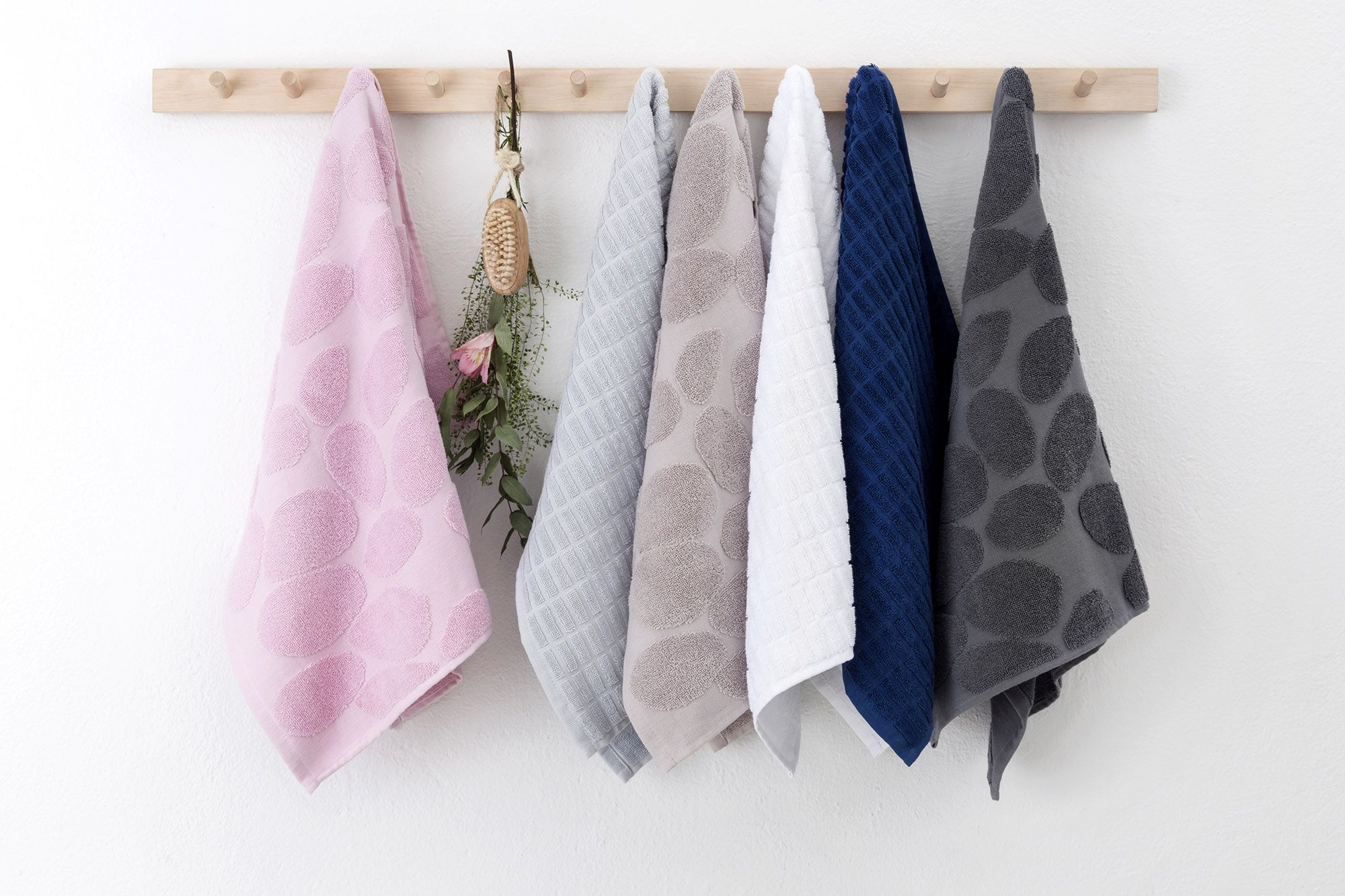 Tippa and Tokka towels by Riina Kuikka