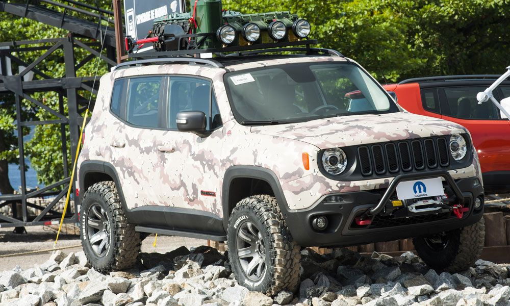 Mopar Modified Jeep Renegade Trio Heats Up Rio Fca North America