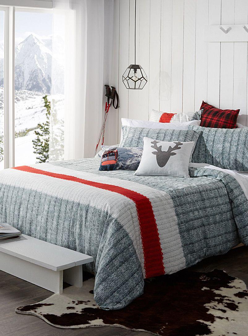 L 39 ensemble housse rayure bas de laine chambres chalet for Ensemble chambre garcon