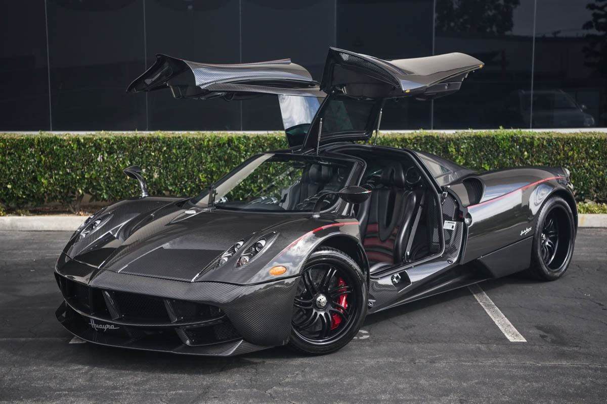 Pagani Huayra For Sale >> All Carbon Pagani Huayra For Sale In California Street