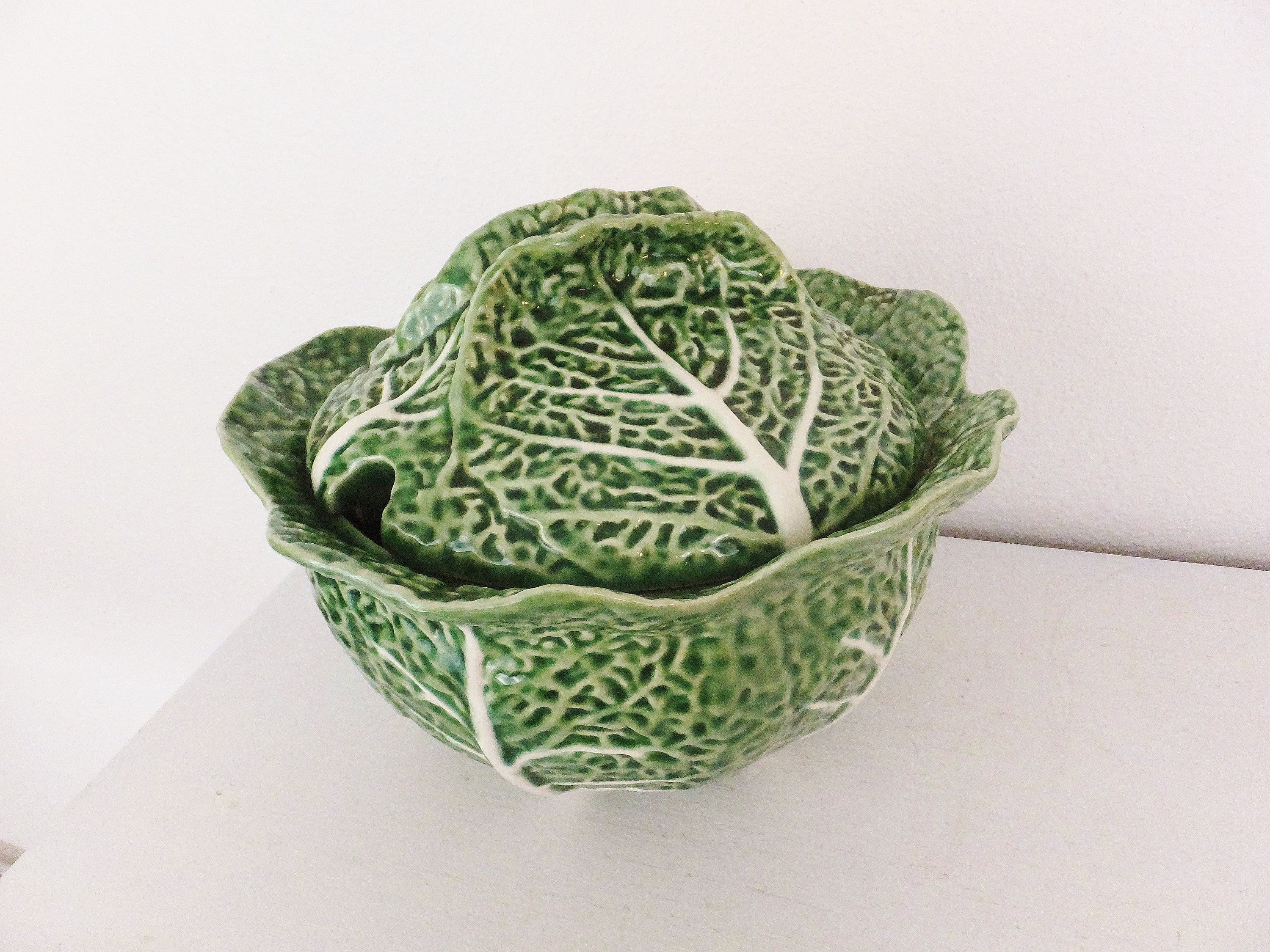 Vintage Cabbage Tureen By Bordallo Pinheiro Pottery Cottage Etsy Cottage Chic Decor Cottage Chic Tureen