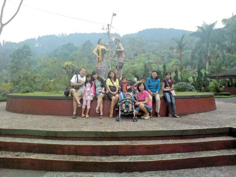 Banyumas Wisata Murah Keluarga Loka Wisata Alam Baturaden
