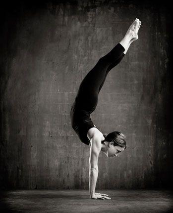 tiffany cruikshank yoga  yoga photoshoot yoga photos