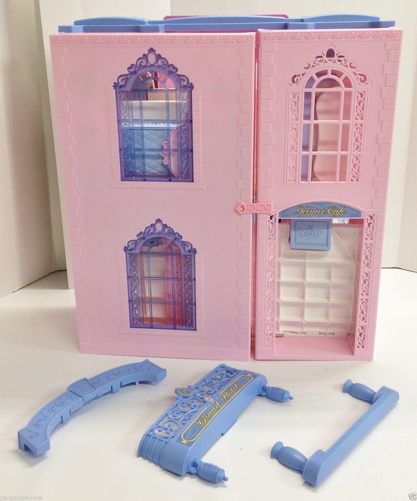Barbie Grand Hotel Used Barbie 2000 S Barbie Barbie 2000