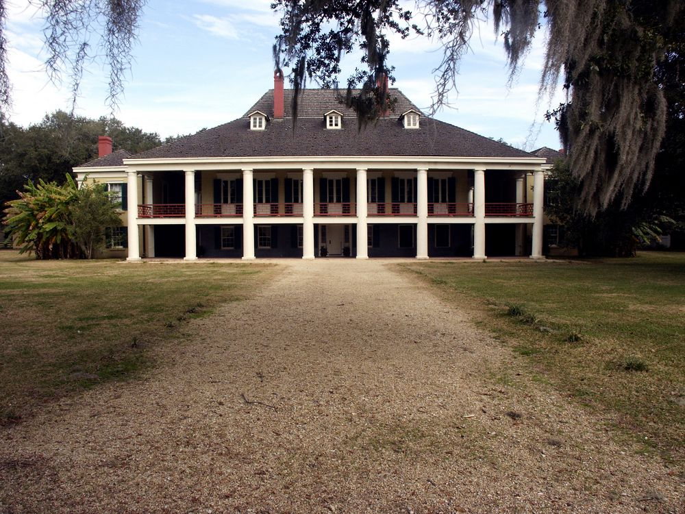 plantation home designs. French Colonial Plantation Home Built In 1840 40 Plantation Home Designs  Historical Contemporary