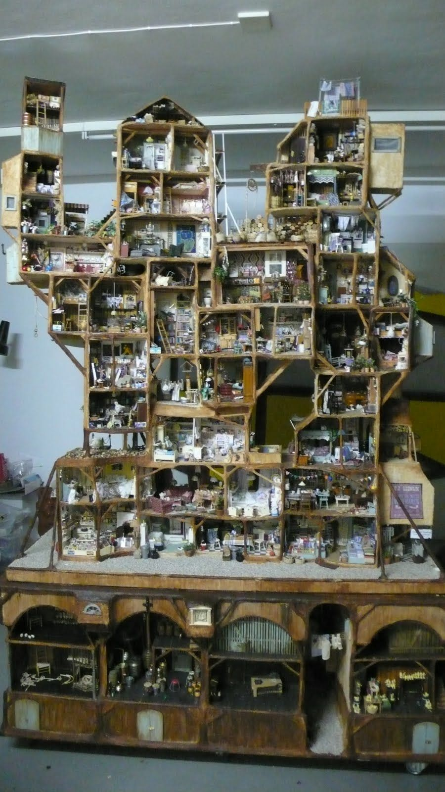The Mouse House, crazy cool!