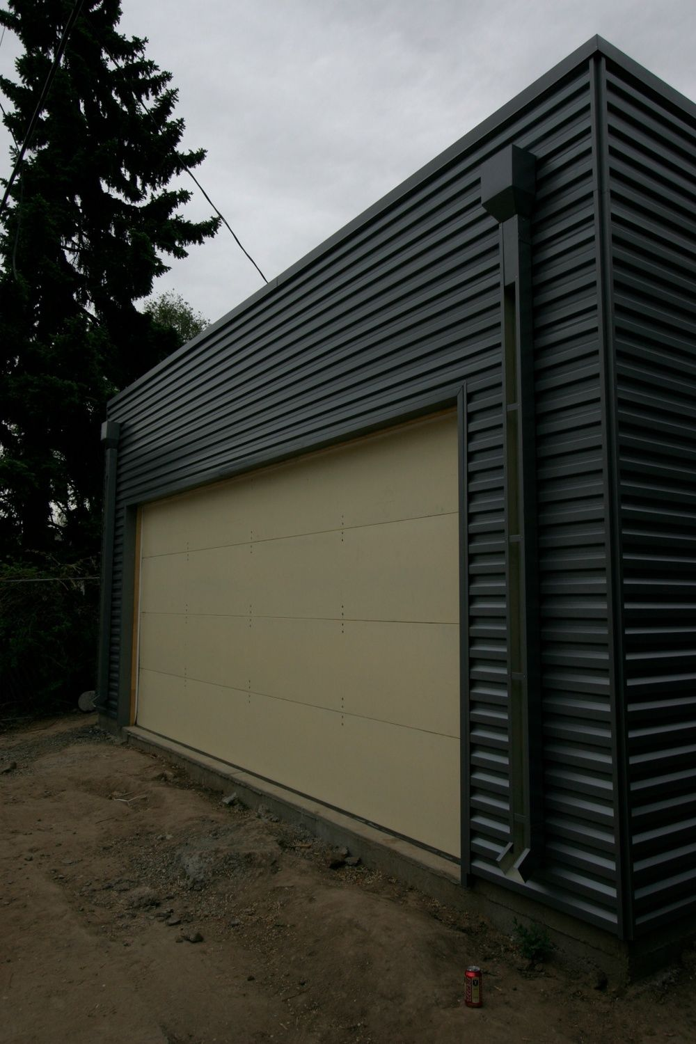 Best Galvalume Metal Siding Everyone Loves Metal Siding House Exterior Color Schemes Architecture 400 x 300