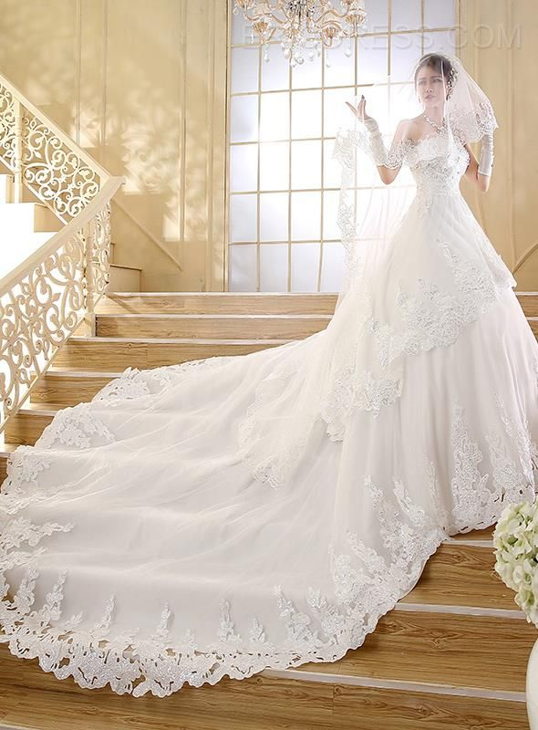 Amazing Sweetheart Applique Beading Cathedral Train Wedding Dress