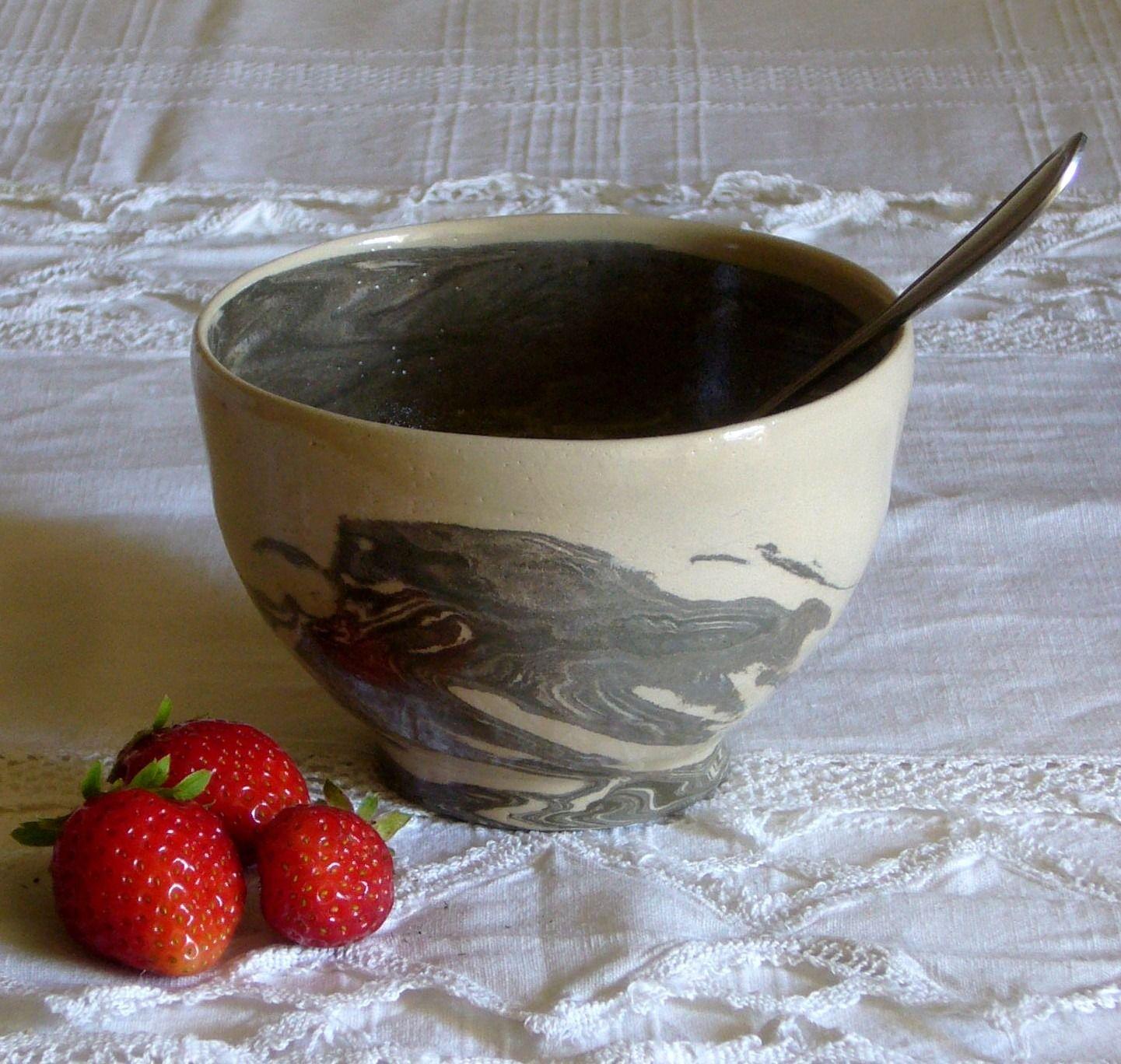 bol en terres m l es de gr s blanc noir pi ce unique pour votre quotidien vaisselle. Black Bedroom Furniture Sets. Home Design Ideas