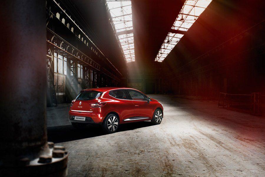 Nuova Renault Clio: la passione prende forma.