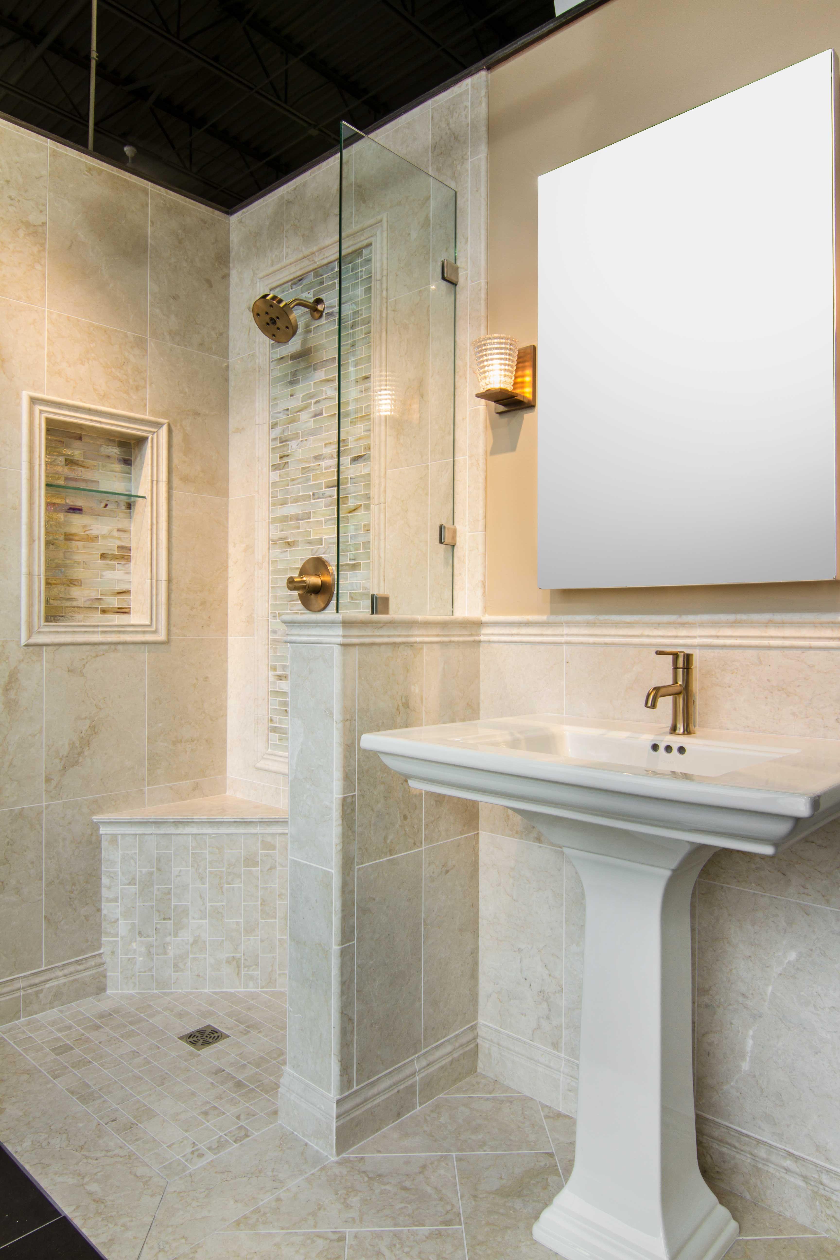 Cream Bathroom Tile Avoria Fiorito Polished Marble Floor Tile Https Www