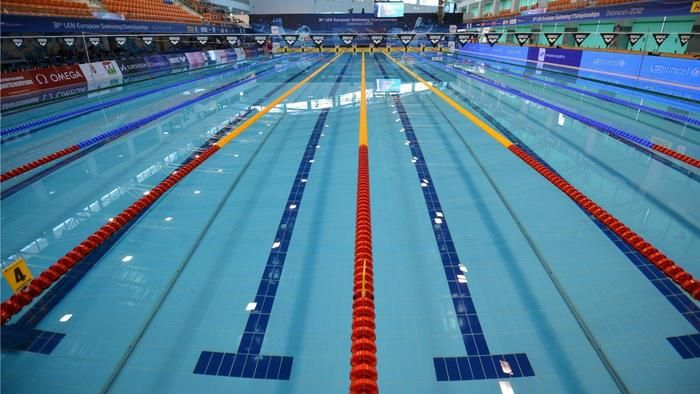 what is the length of an olympic size pool