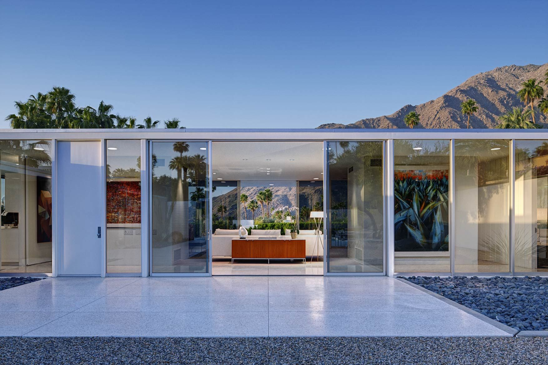 Palm Springs Glass House by William Cody | Inspiring Contemporary ...