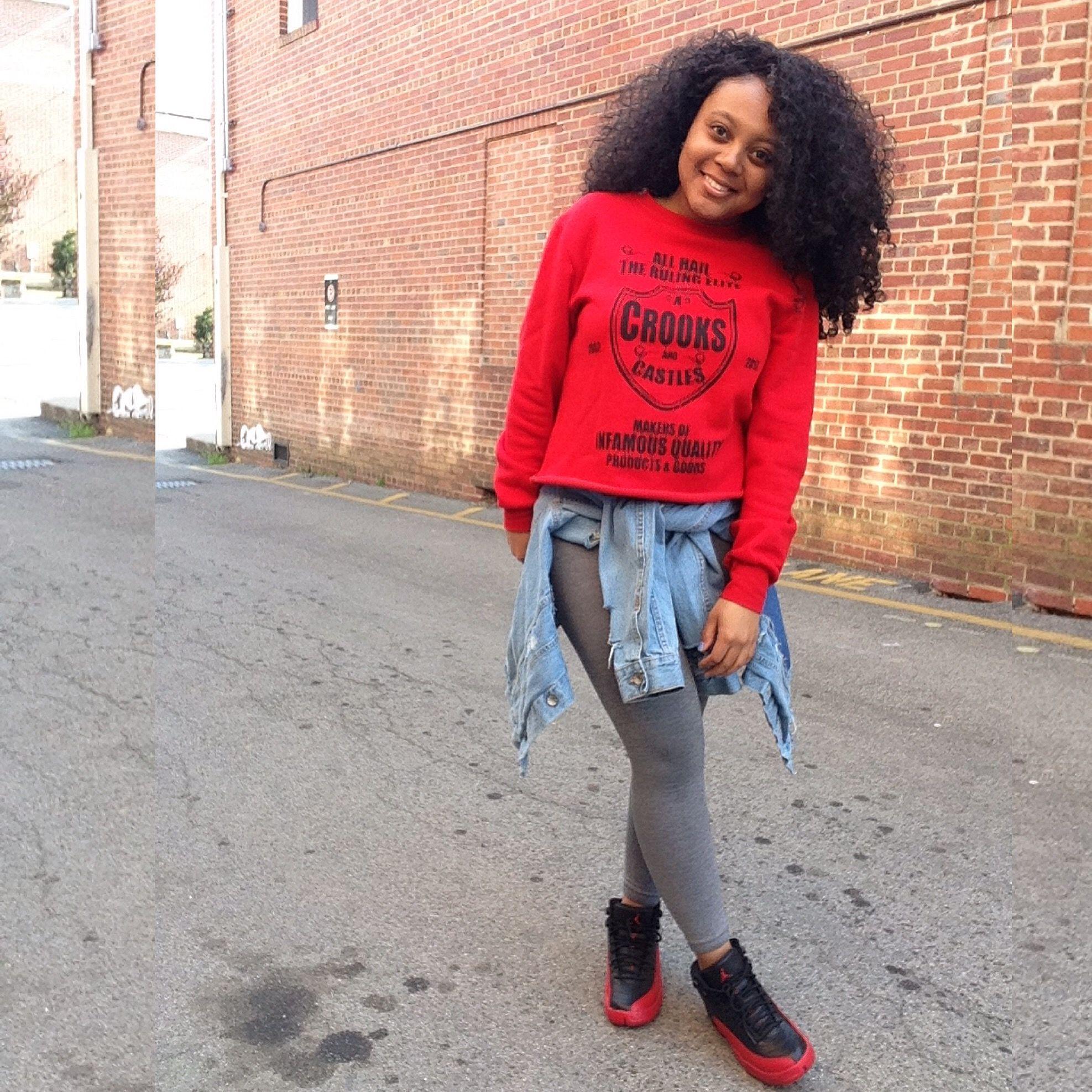 @lolterez Instagram. Fashion trends. Jordan 12 Flu Game. Jordan outfit. Girls in sneakers ...