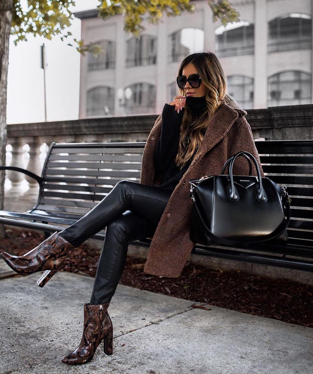 Fall fashion - black pants - snake print boots - brown teddy coat - street style #snakeprintbootsoutfit