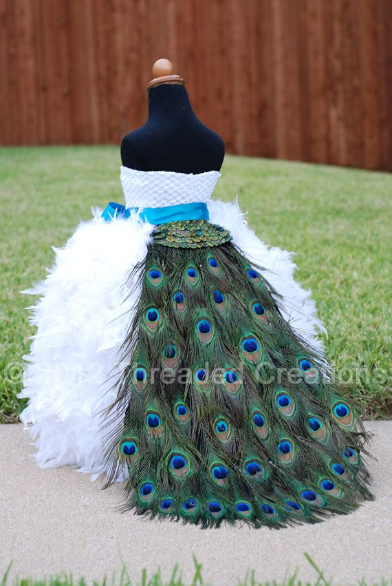 Girls Pretty Peacock Feather Print Outfit Party Dress /& Pearl Chain 2-3 Years