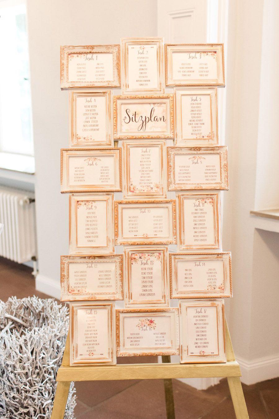 Sitzplan zur Hochzeit, zusammengestellt mit vielen verschiedenen ...