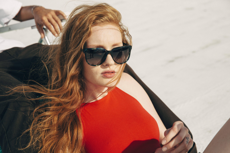 New 50/'s Vintage Style Designer Gray Lenses Pink Heart Frame Women Sunglasses