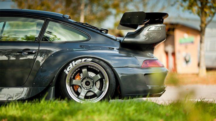 Pin By Wayne Mcelveen On Car Porsche Black Porsche Porsche 911 Rwb Porsche Wallpaper