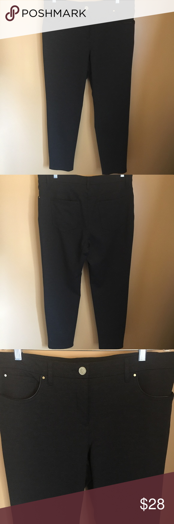 f8b5d26e08049 Chico's So Slimming charcoal leggings 1.5 short Perfect stretch. Dark  charcoal gray almost black pant. Front and back pockets Excellent condition  Front ...